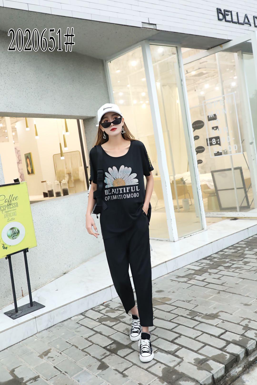20年夏季胖mm时尚休闲套装女新款流行显瘦宽松黑色两件套651