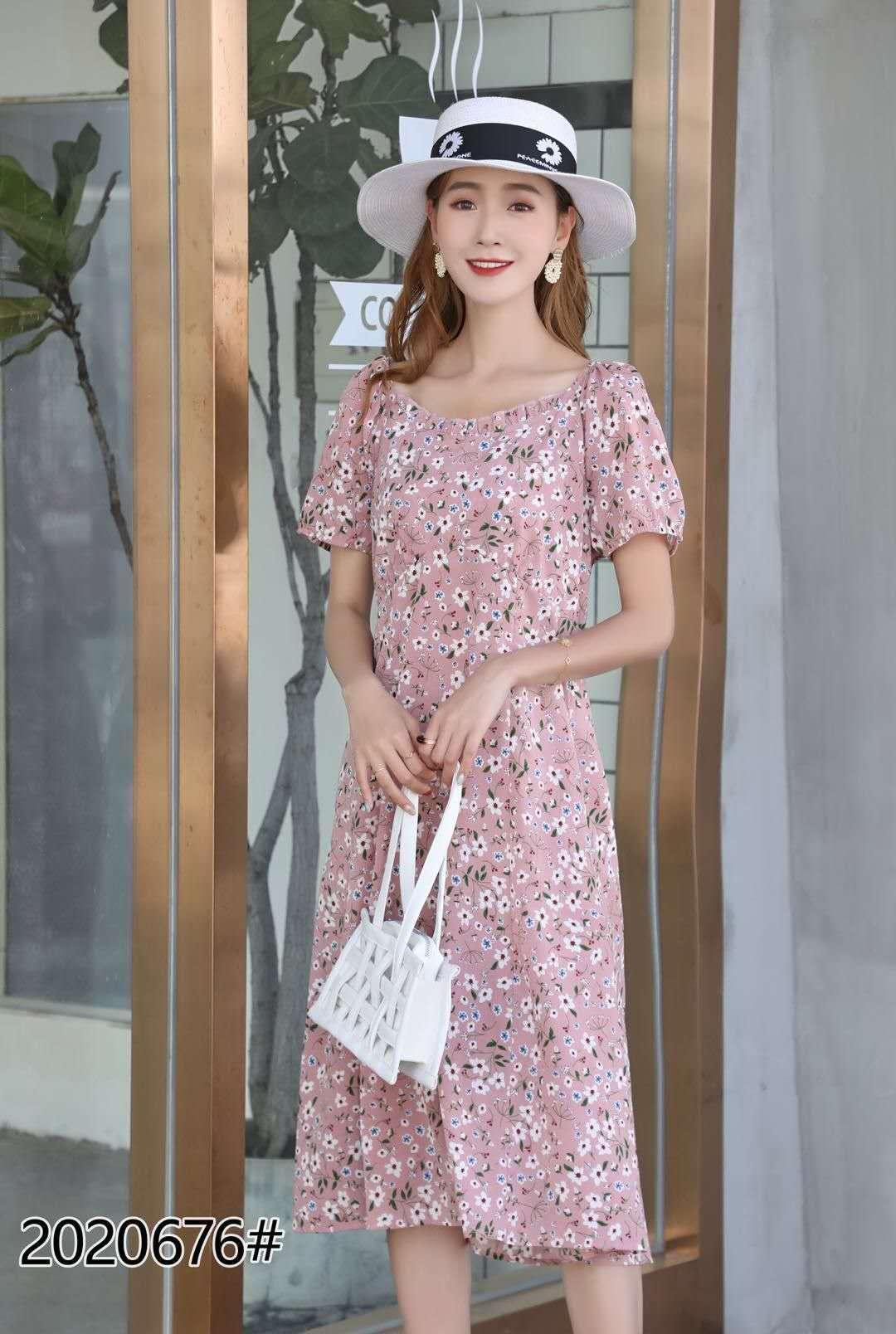 大码碎花连衣裙2020夏季新款复古收腰显瘦中长款森系桔梗裙